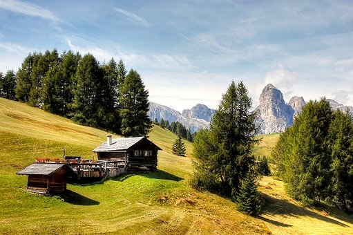 Final Val Gardena Lodge & Lodging Information
